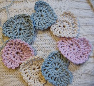 Photo of Crochet sweet hearts, recipe included.