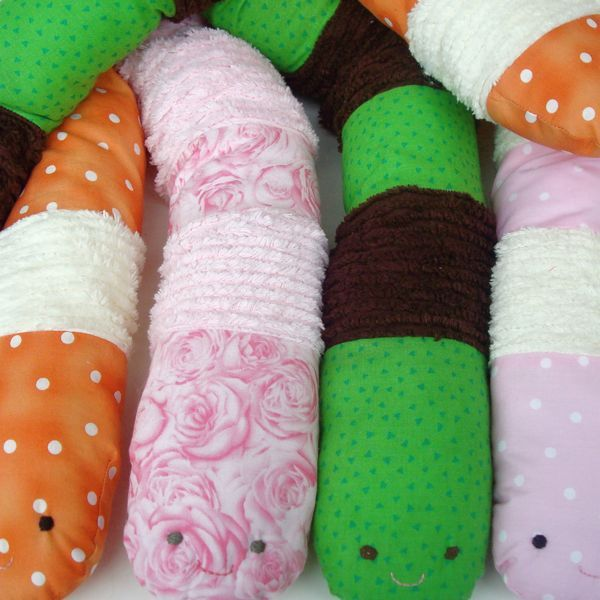 worm pattern for free! easy too. I think I\'ll make it longer and ...