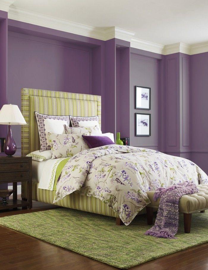 Die Farbe Lila schlafzimmer grüner teppich frische bettwäsche - schlafzimmer farbidee