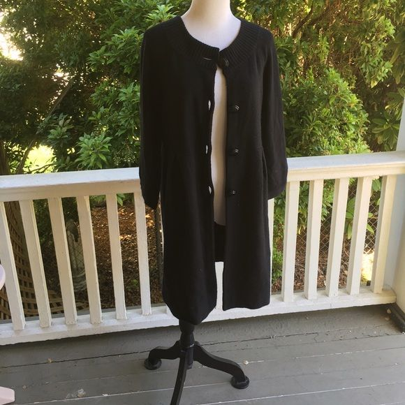 Ann Taylor LOFT long style cardigan 21.5 bust (pit 2 pit) 34.5 length measurements are approximate and taken while laying flat. Great condition! Adorable style! 52 wool 20 viscose 16 polyamide 4 cashmere LOFT Sweaters Cardigans