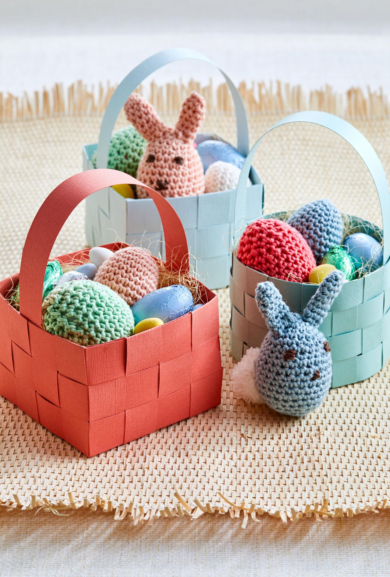 21 Easy And Beautiful Diy Easter Baskets Easter Baskets To Make Easter Crafts Creative Easter Baskets