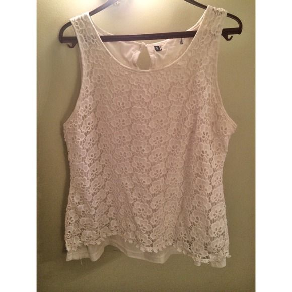 White lace sleeveless top Beautifully detailed cotton lace top with polyester lining. Slight wear but no major damage or stains. Tops