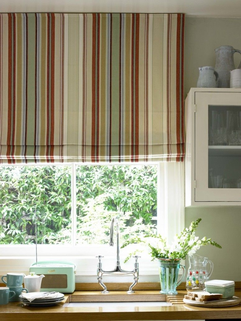 Kitchen window curtain  Cortinas estampadas  Proyectos que debo intentar  Pinterest