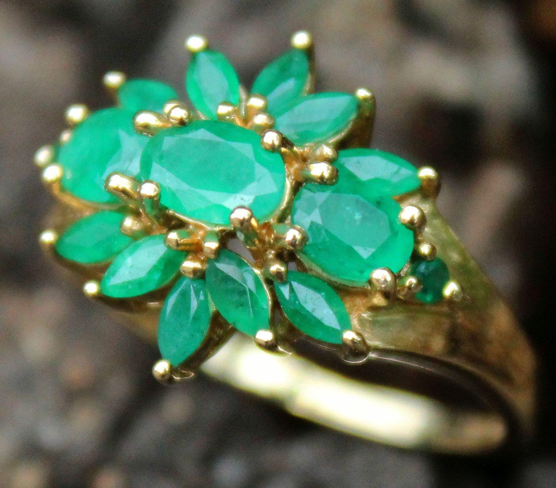 9ct Gold Modern Emerald 5 Stone Ring
