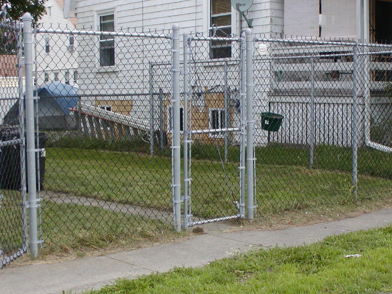 cyclone wire dog enclosure - Google Search | Dog enclosure ideas ...