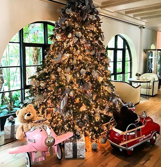Merry Christmas From Hotel Bel Air With Images Hotel