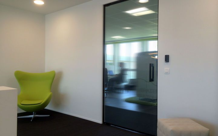 Lunax presents new glazed fire doors ultimate transparency in fire lunax presents fully glazed fire doors ultimate transparency in fire safety discover our new concept one a fully frameless structural fire rated glass planetlyrics Gallery
