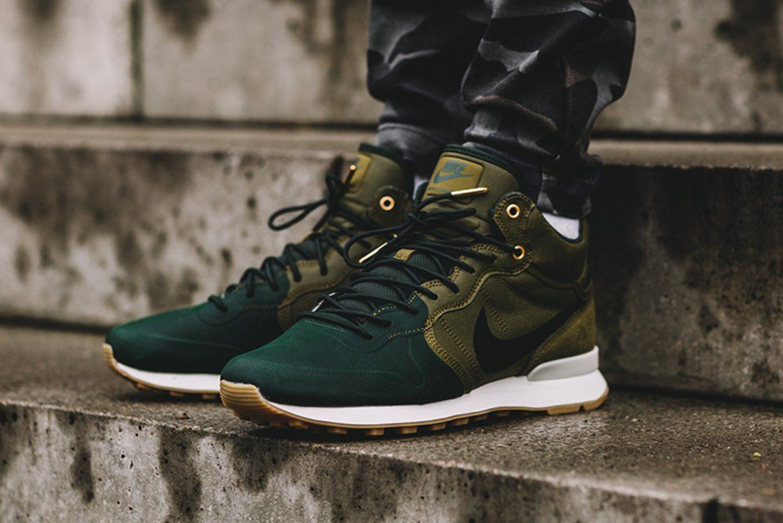100% authentic undefeated x buy popular Nike Internationalist Utility (Olive Flak) – Sneaker Freaker ...