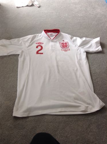 Kyle walker #signed england v san #marino 2013 #shirt,  View more on the LINK: http://www.zeppy.io/product/gb/2/262346429442/