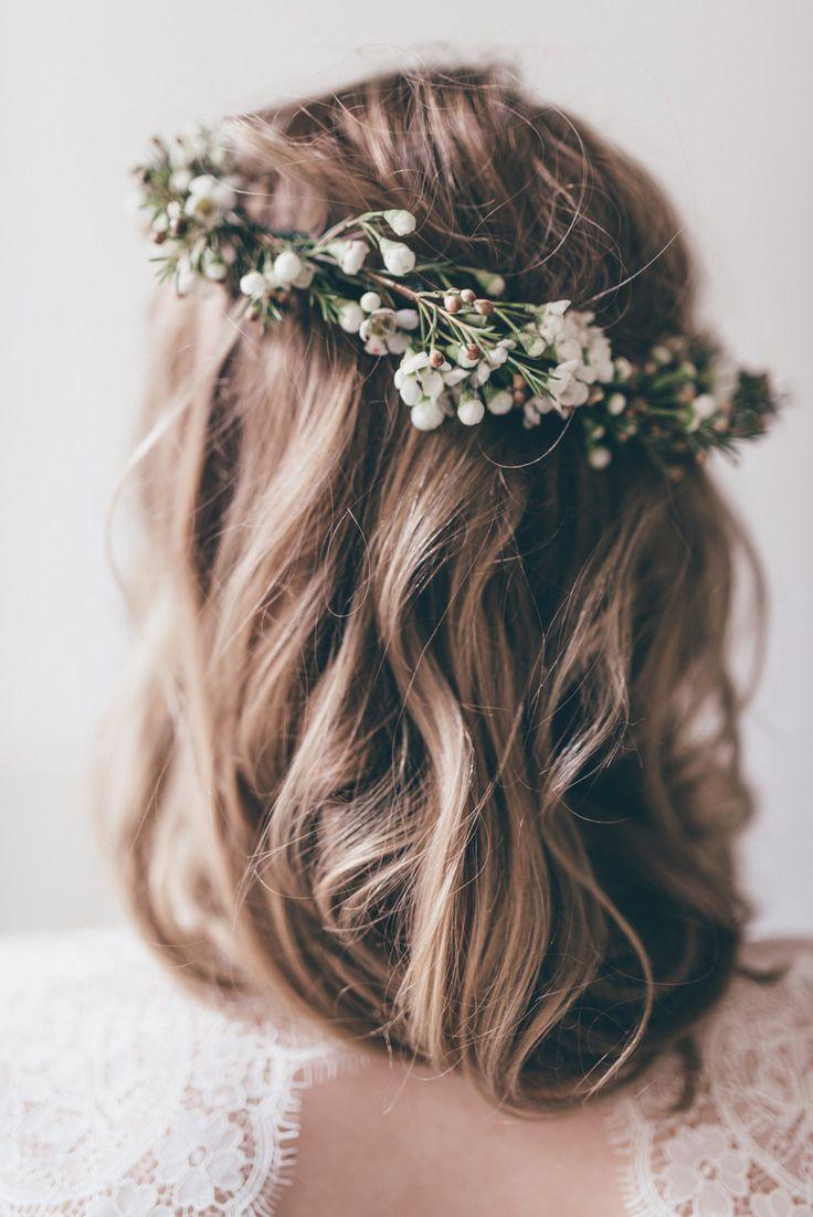 Botanical styled shoot #bridalhairflowers