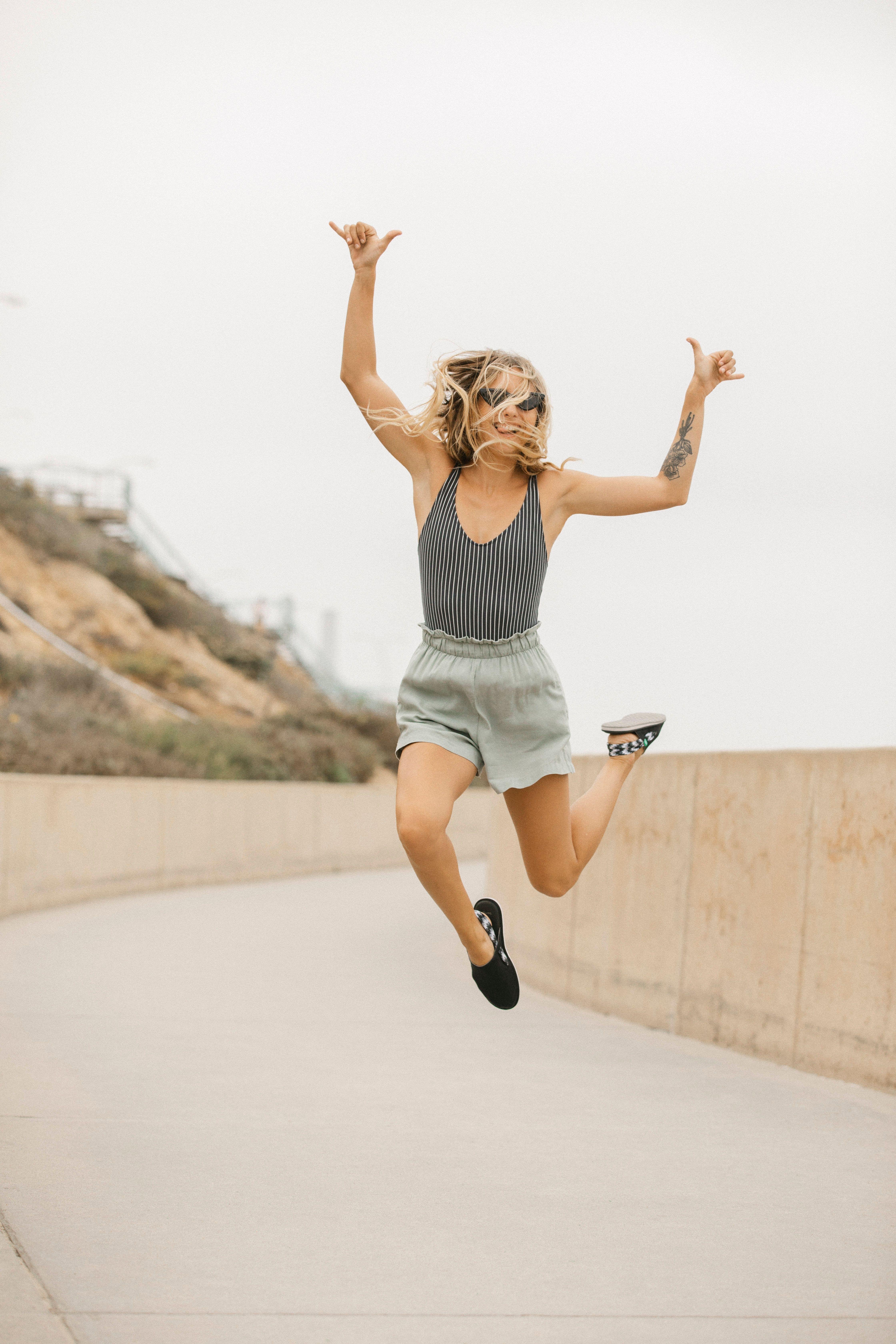 Sanuk Womens Yoga Sling Cruz Suede Sandal