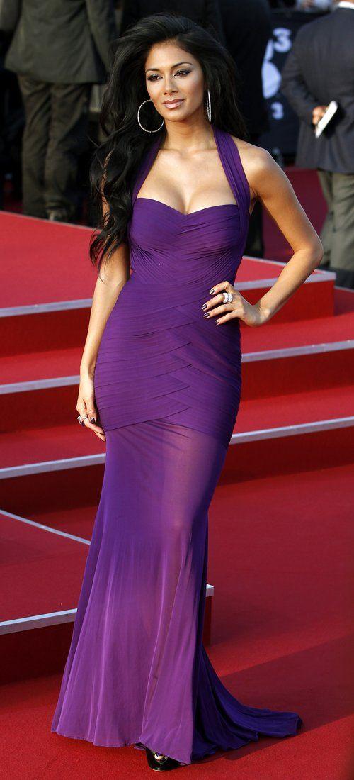 Nicole Scherzinger Wears Elegant Figure Hugging Purple Dress To Men In Black 3 Premiere