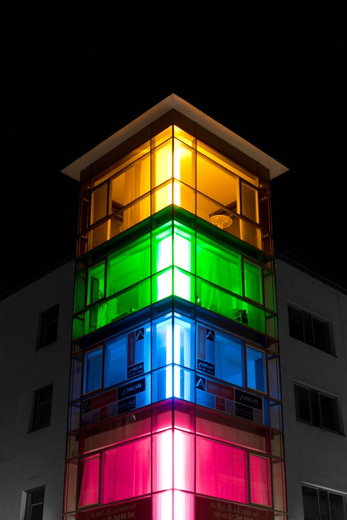 Multicolored Colorkey | Hausecke, Hanover germany und Straße