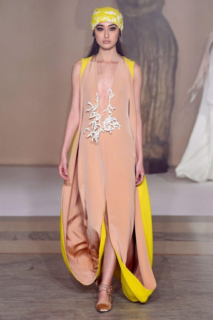 Sukienka karnawałowa - jaką wybrać? http://womanmax.pl