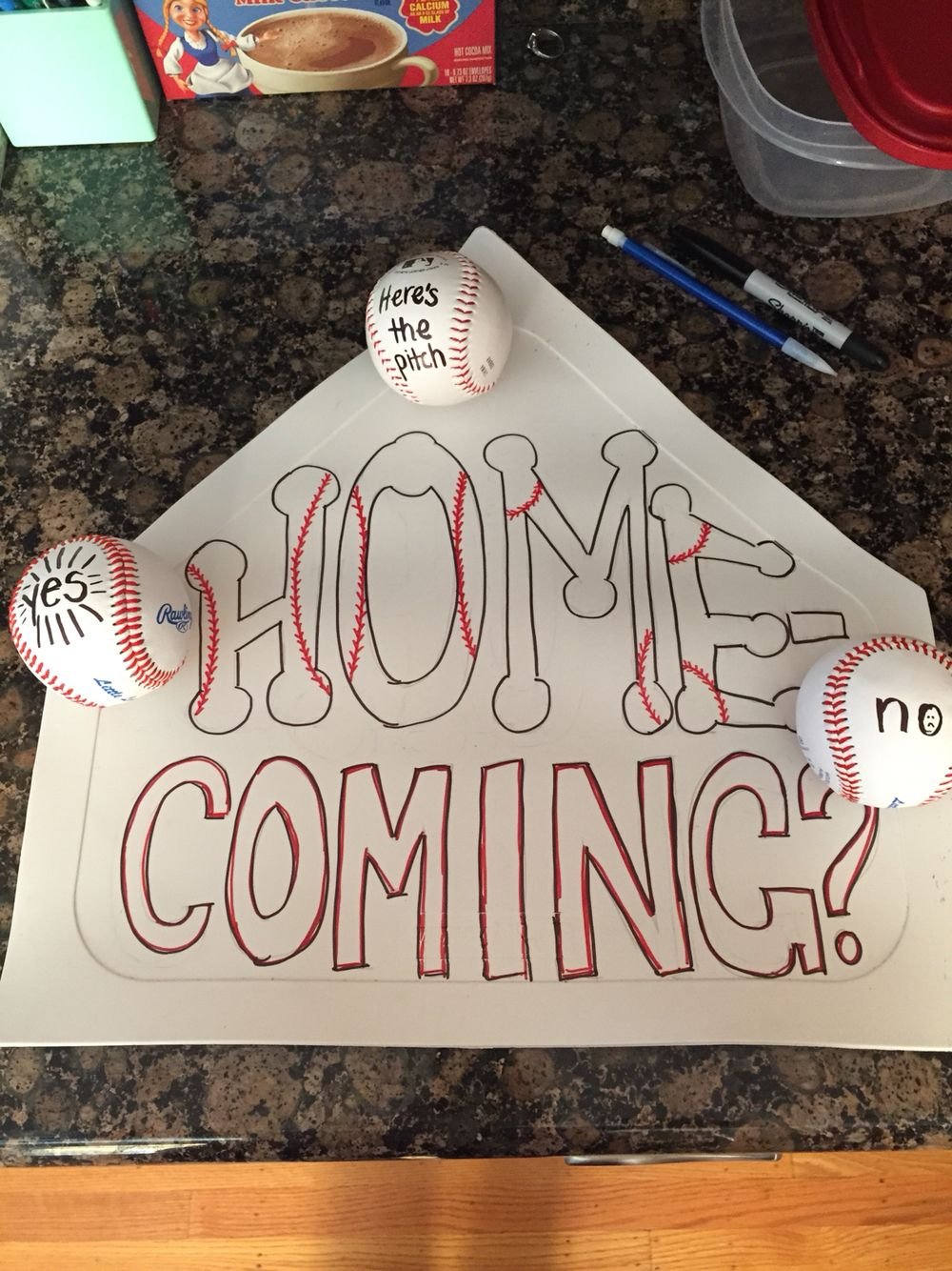 homecoming asking idea, baseball themed | asking out ideas