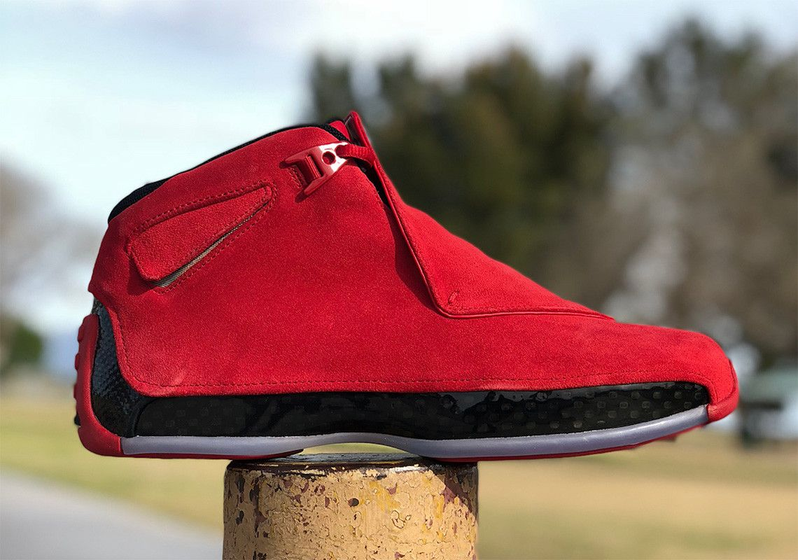2dbc1e121ee1a5 Closer Look At The Air Jordan 18 Retro Red Suede