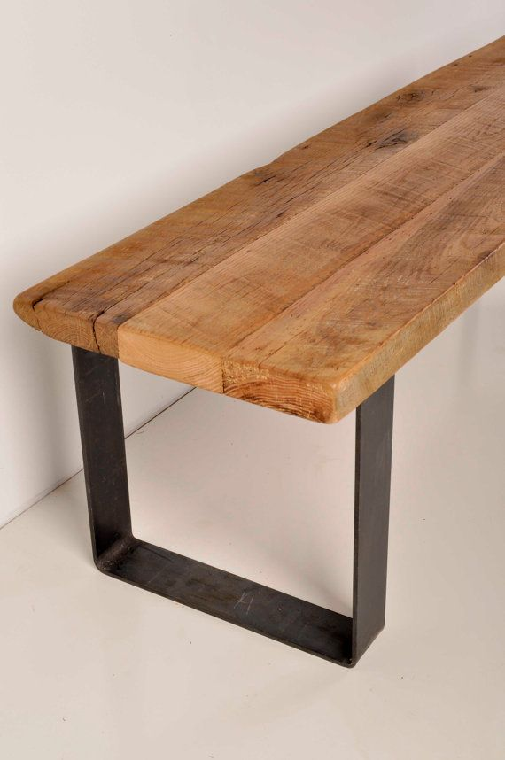 Reclaimed Barn Wood And Industrial Metal Bench Wiederverwendetes