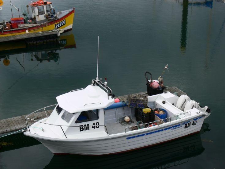 Pin By Mert On Tekneler Boat Design Utility Boat Boat