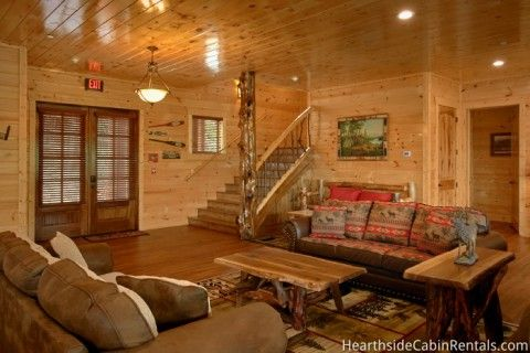 Find A Large Cabin Rental In Gatlinburg Pigeon Forge Tn Cabin Rentals Elk Lodge Cabin