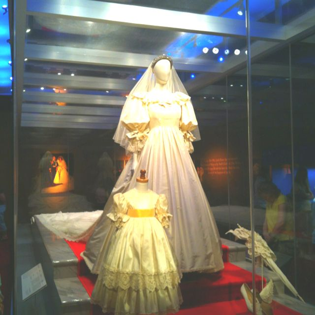 Princess Diana Exhibit Mall Of America Wedding Gown Flower Girl Can T Wait To Go Again Princess Diana Princess Of Wales Flower Girl