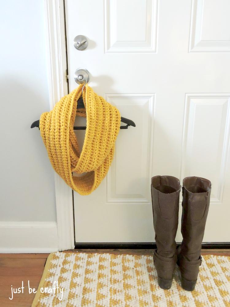 Chunky Crochet Cowl Pattern - Free Pattern by | Crochet bufanda ...