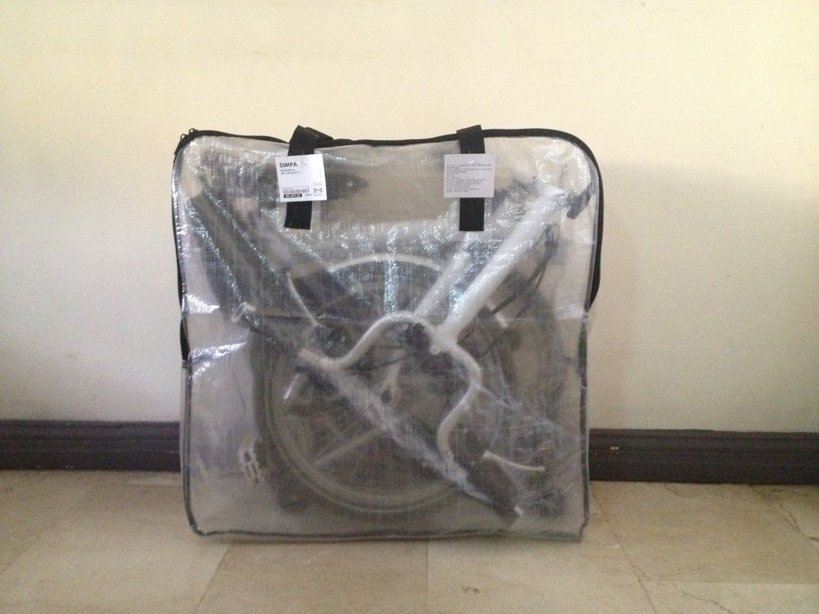 riding a folding bike around manila ikea dimpa bag brompton