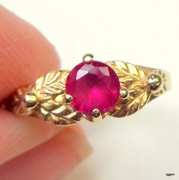 Solid 14K Gold Vintage Ring Victorian Style by JanesGemTreasures