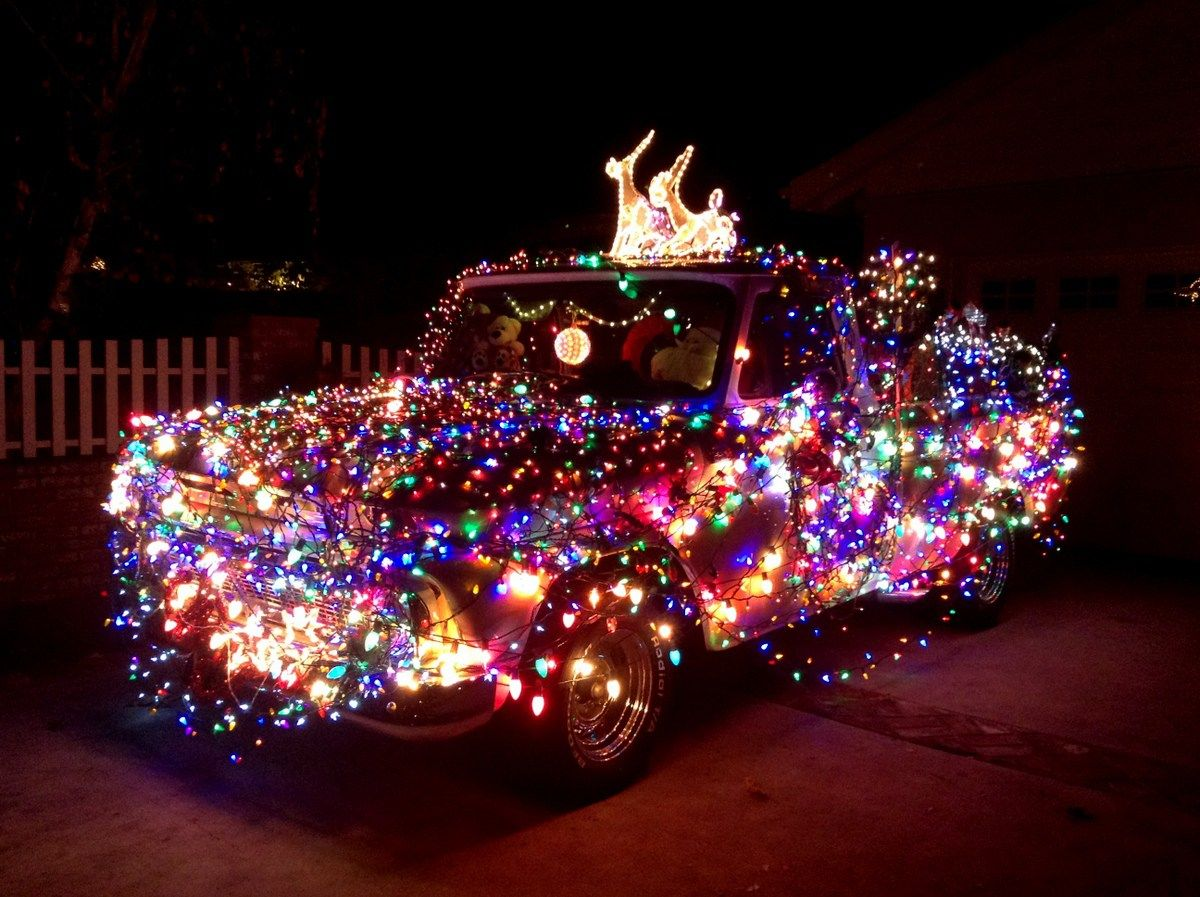 The Ultimate Holiday Events Guide To Christmas In Los Angeles No Back Home Best Christmas Lights Christmas Lights Christmas Light Displays
