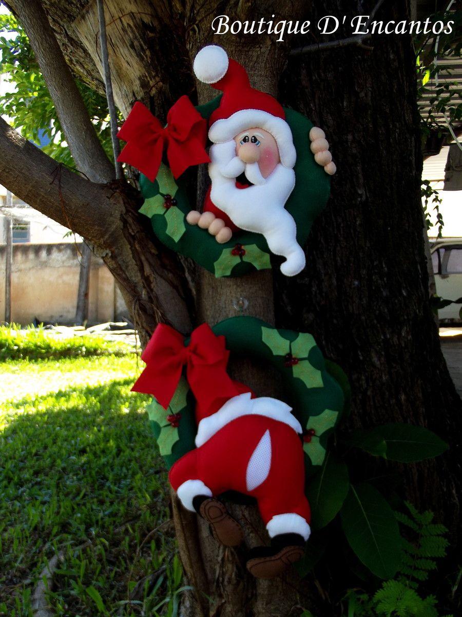 Guirlanda dupla do Papai Noel entalado, são lindas e fazem muito sucesso por serem diferenciadas.  em média cada uma tem uns 36 cm.  São confeccionadas, caseadas e pintadas à mão  Perfumadas.  Enchimento de fibra siliconizada
