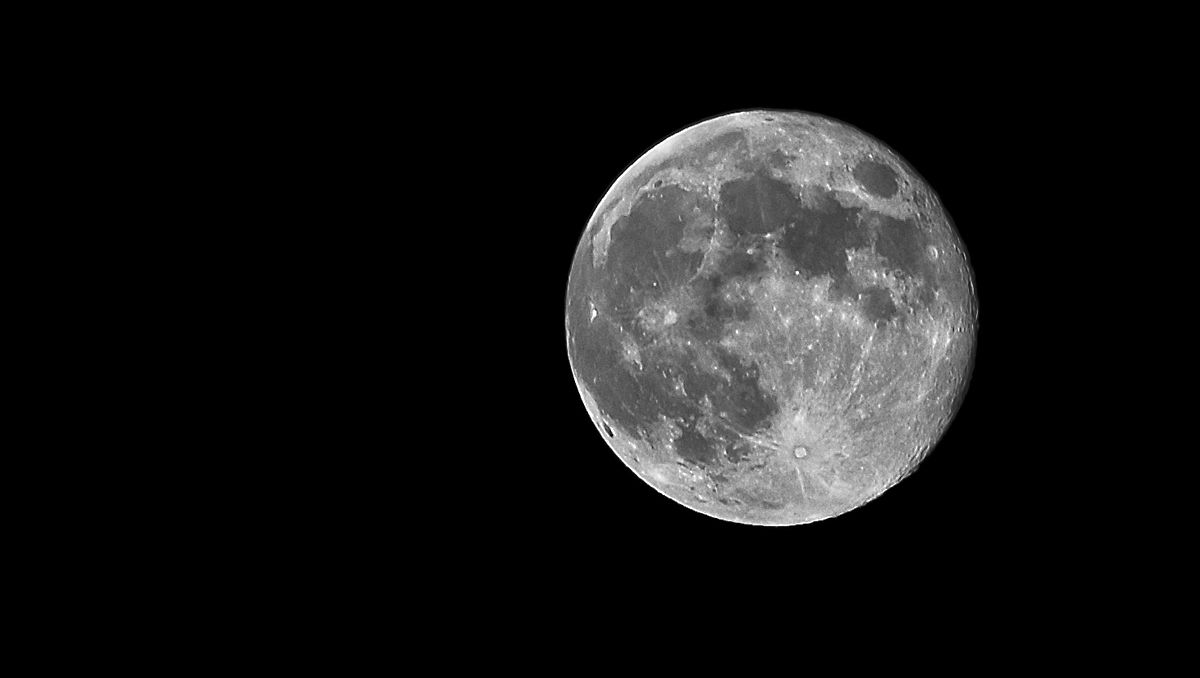 Sorella luna ...