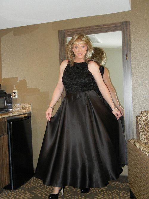 Transvestite formal wear pic 982