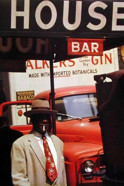 Saul Leiter, Illustrating what photography is about - showing things that most people normally don't see. This photograph looks like the result of a graphical designer...these color matches are perfect.