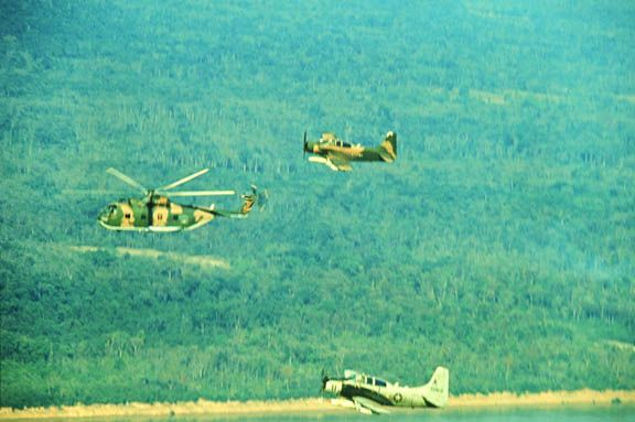 Though of poor quality, this image shows both the gray and camo USAF paint schemes in 1966
