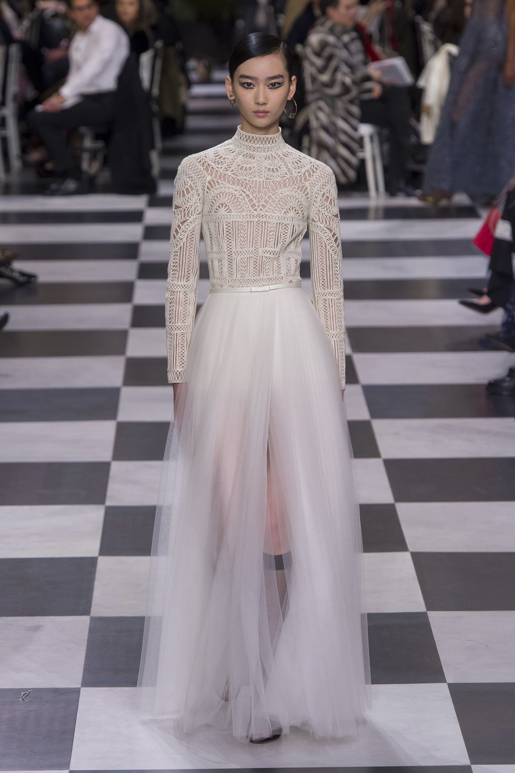 a245ef5408c7f Christian Dior Spring 2018 Couture Collection - Vogue