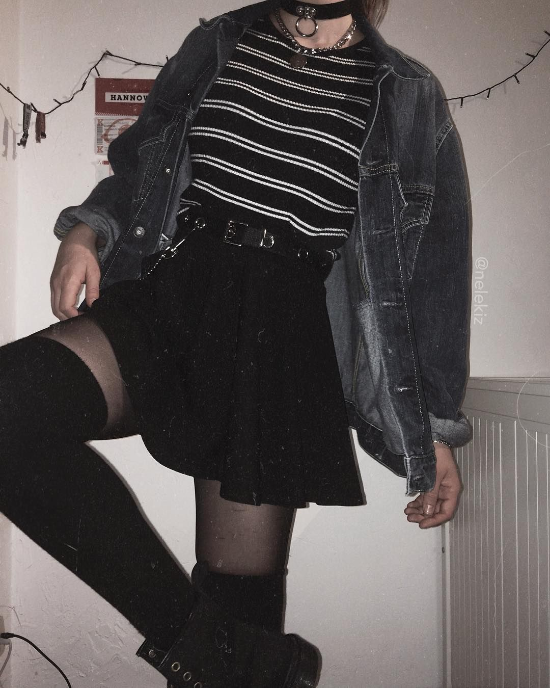 """Photo of 𝖓𝖊𝖑𝖊 on Instagram: """"going back to my old background because I'm not happy with my pics again [skirt, belt, overknees & chain from sleepykiz.com] ————————— tags…"""""""