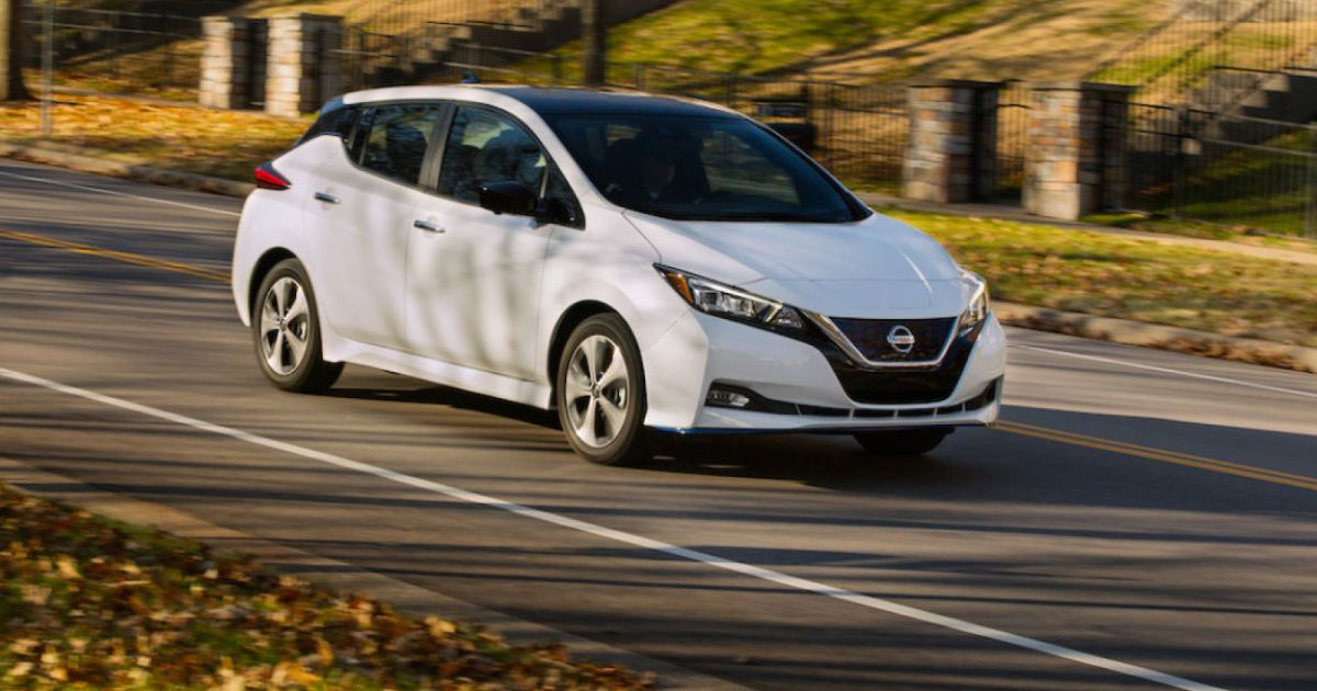 Electricvehicle Electricvehicle Nissan Crams More Safety Tech Into The Base 2020 Leaf In 2020 Nissan Leaf Nissan Tesla