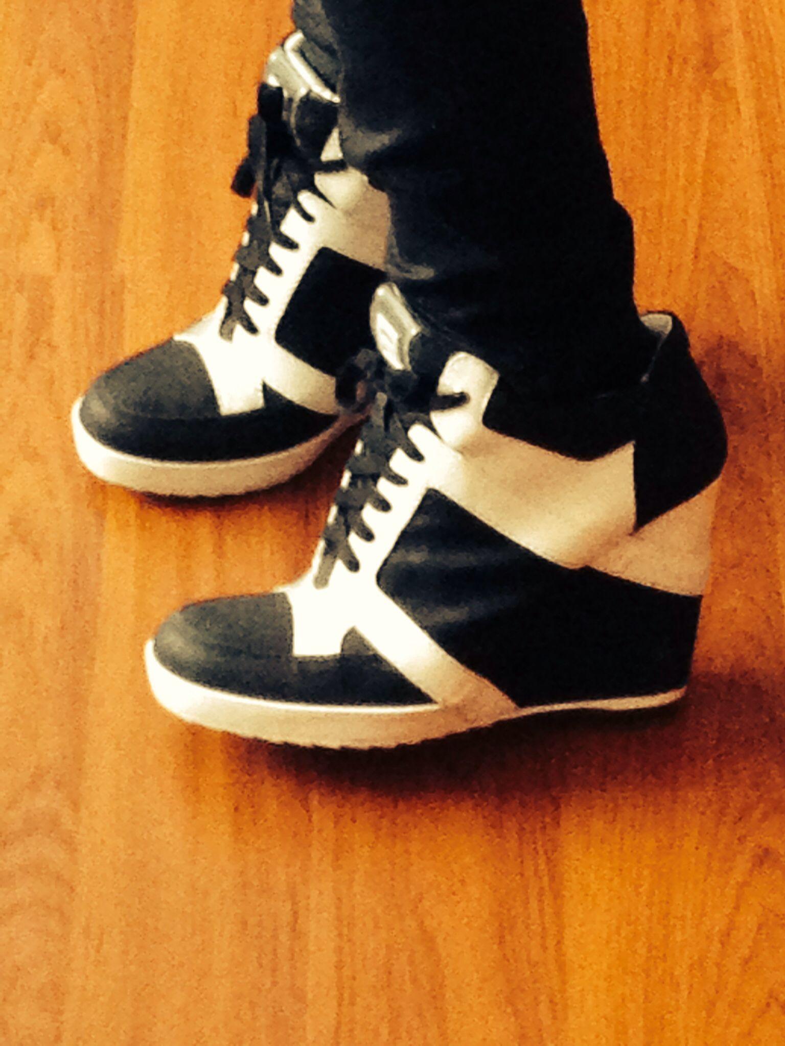 Shoes 9W