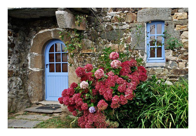 couleur de bretagne plougasnou bretagne hortensia eglise pinterest bretagne couleurs. Black Bedroom Furniture Sets. Home Design Ideas