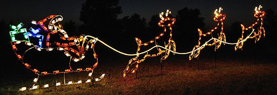 Santa S Sleigh And Christmas Train Lighted Outdoor Christmas Decorations Yard Di Reindeer Outdoor Decorations Christmas Yard Art Outdoor Christmas Decorations