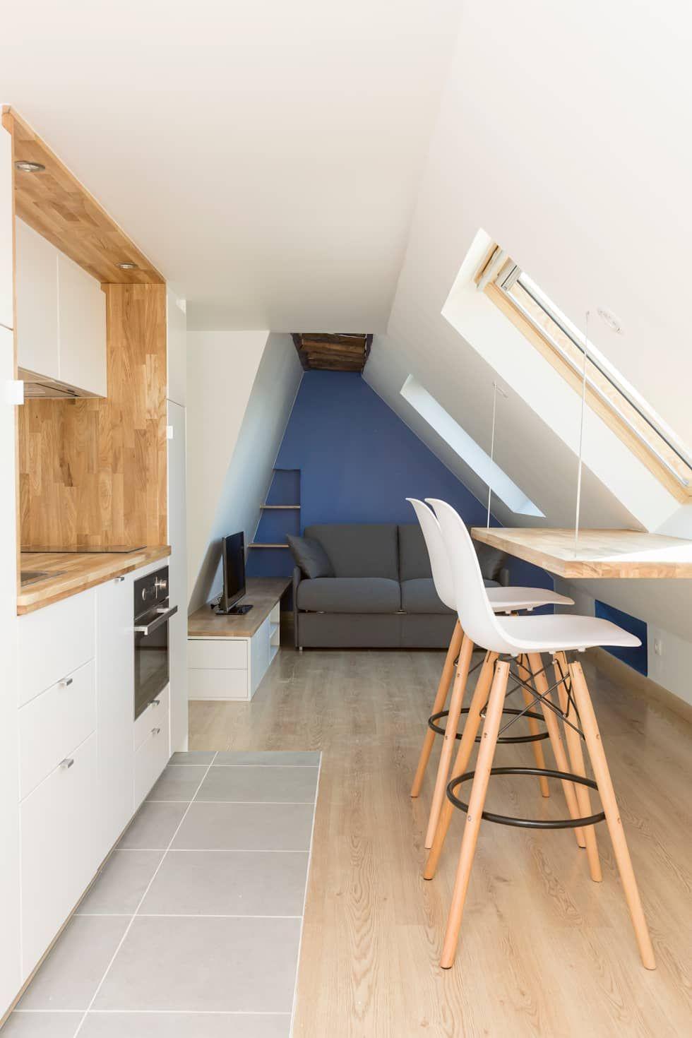 Renovation D Un Appartement Sous Les Combles Salon Scandinave Par