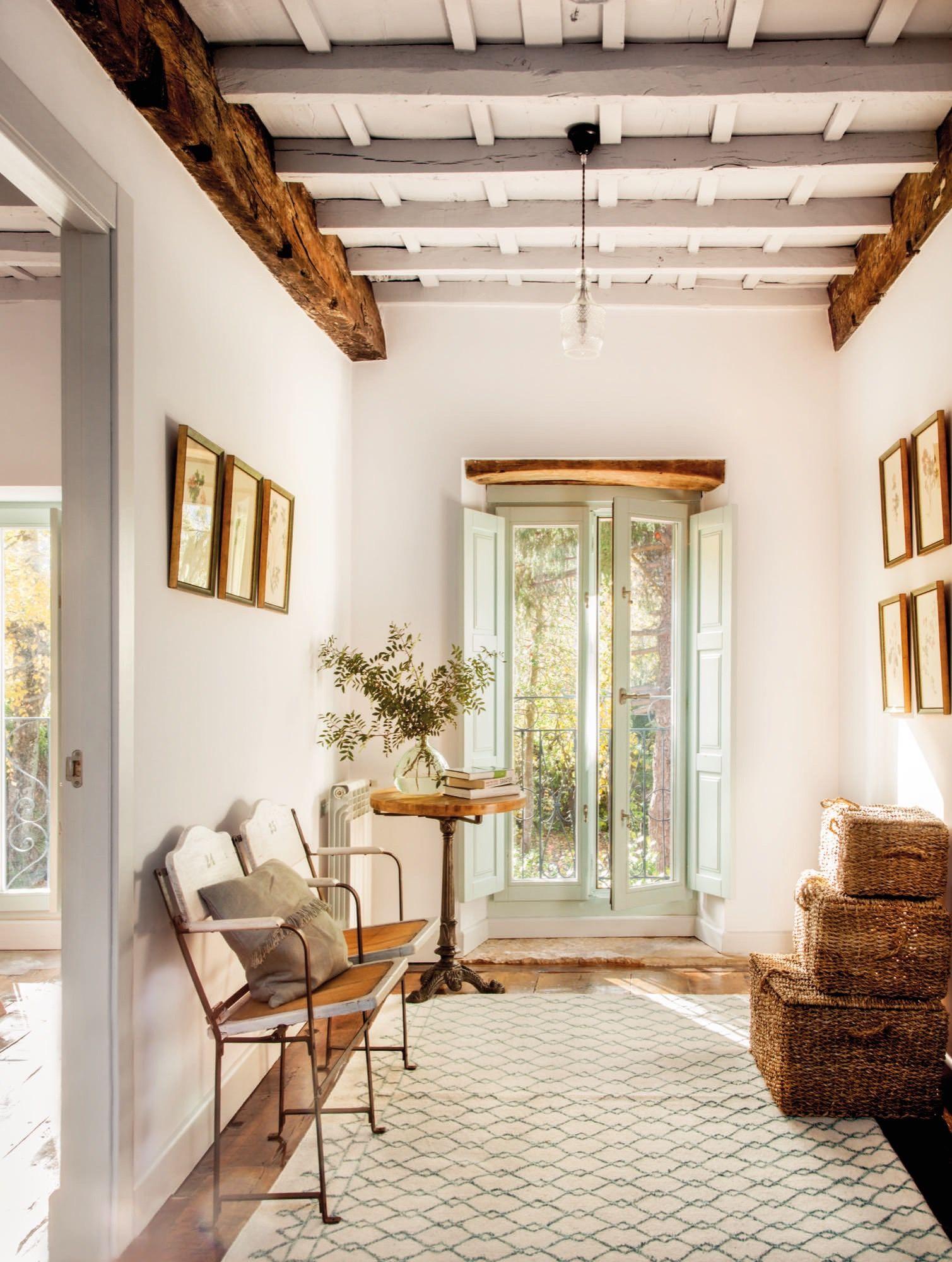 descansillo de una casa rustica modernizada | Casas rústicas, De ...
