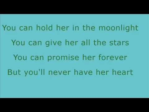 Eric Paslay She Don T Love You Lyrics Youtube You Can Hold