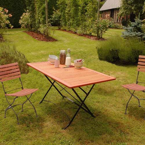 Table basse et chaise pliante de jardin en bois | Table en ...