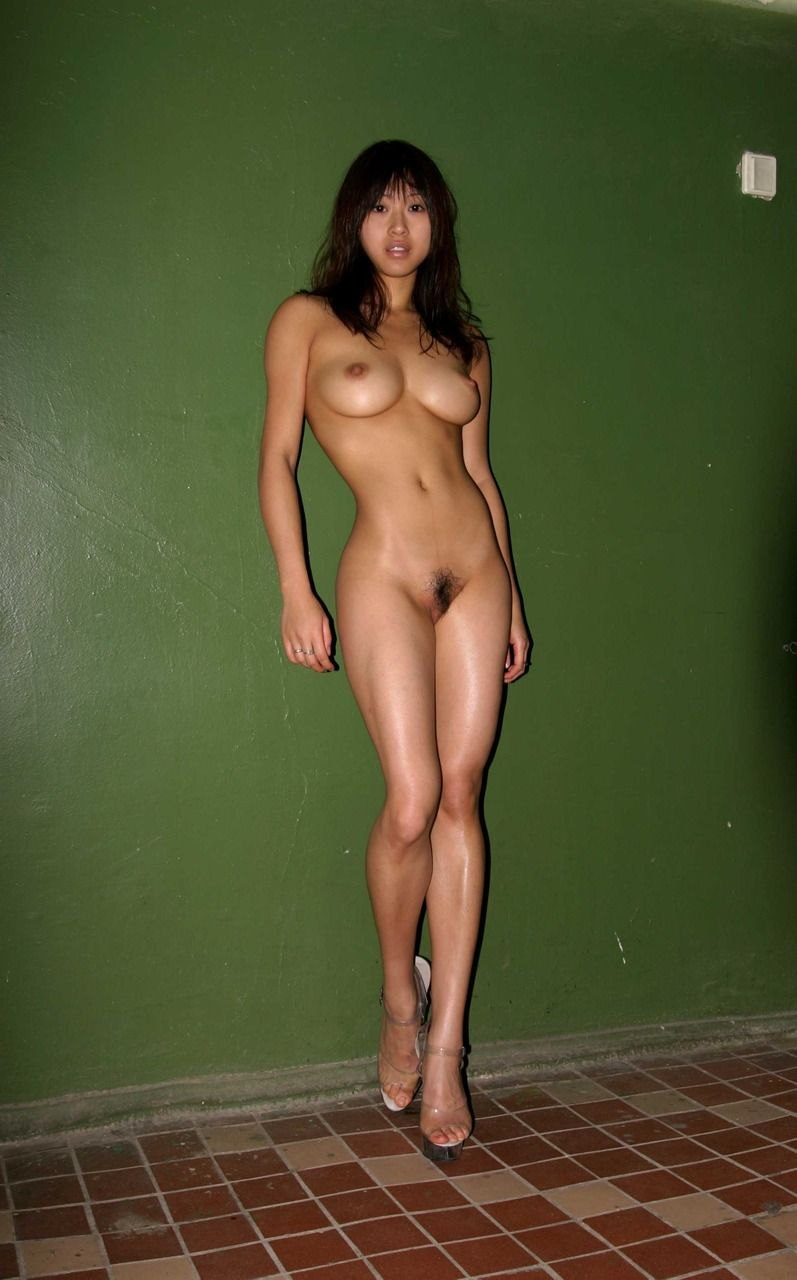 naked nude human female girls