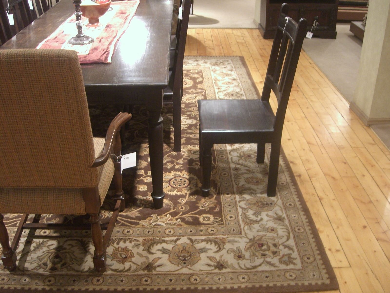 Decorating Living Room Using Area Rugs Lowes Plus Chair And Wooden Floor Area Room Rugs Dining Room Rug Dining Table Rug #rugs #for #living #room #8x10
