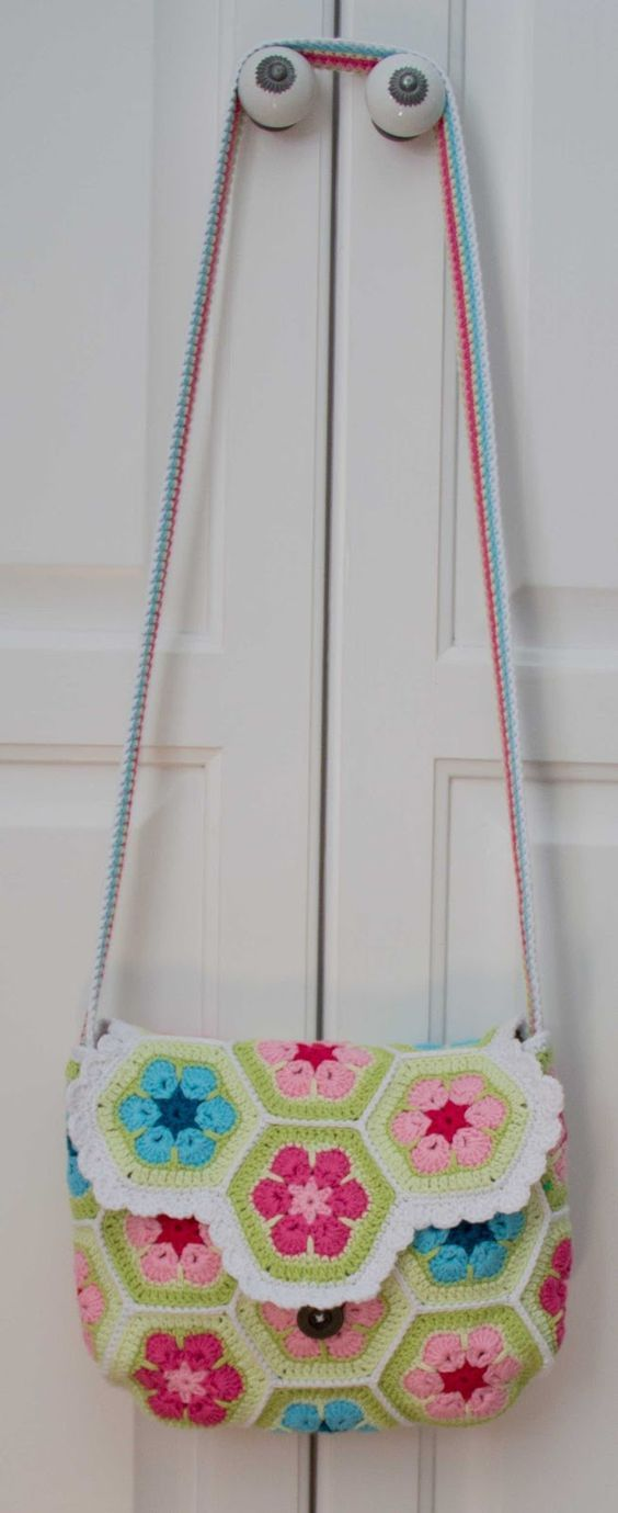 croched bag purse african flower free patern | mönster | Pinterest ...