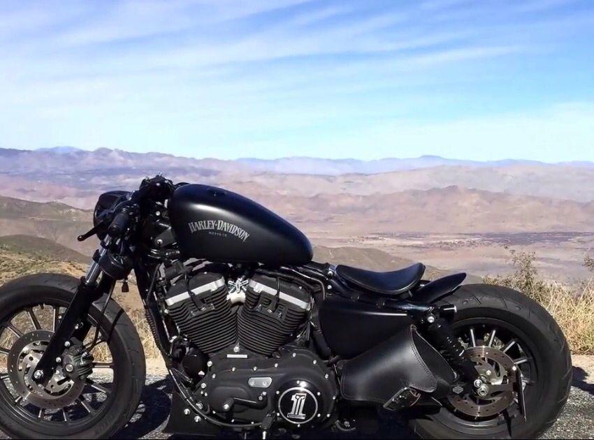 Harley Davidson 883 Bobber