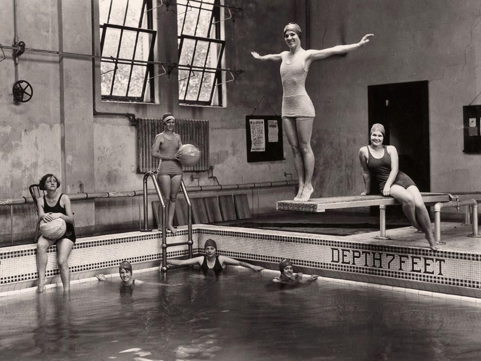 Swimming Class, Sophie Newcomb College, New Orleans, 1929 © Edwin L. Wisherd