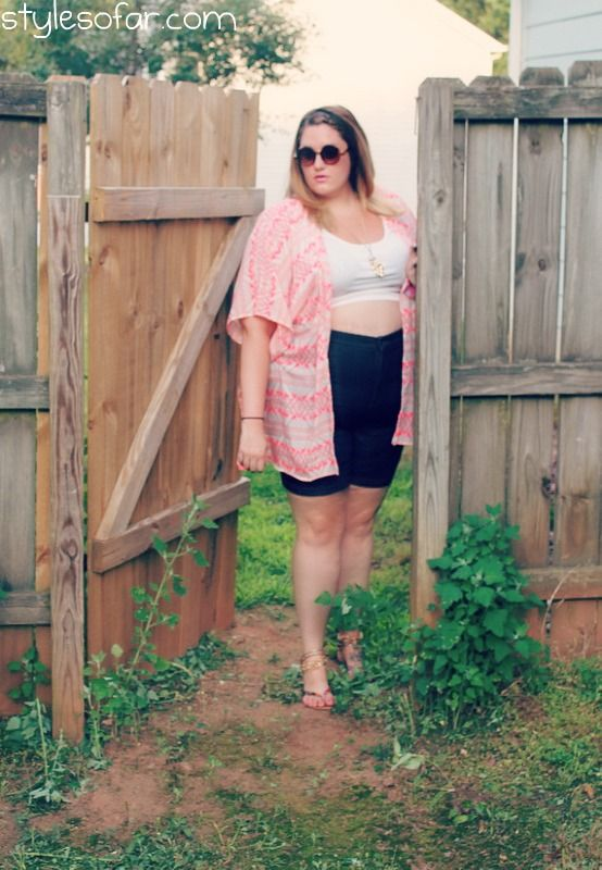 Style So Far- plus size crop top, NYDJ high waisted shorts from Gwynnie Bee, Neon tribal print kimono from forever 21. Festival look for plus size ladies