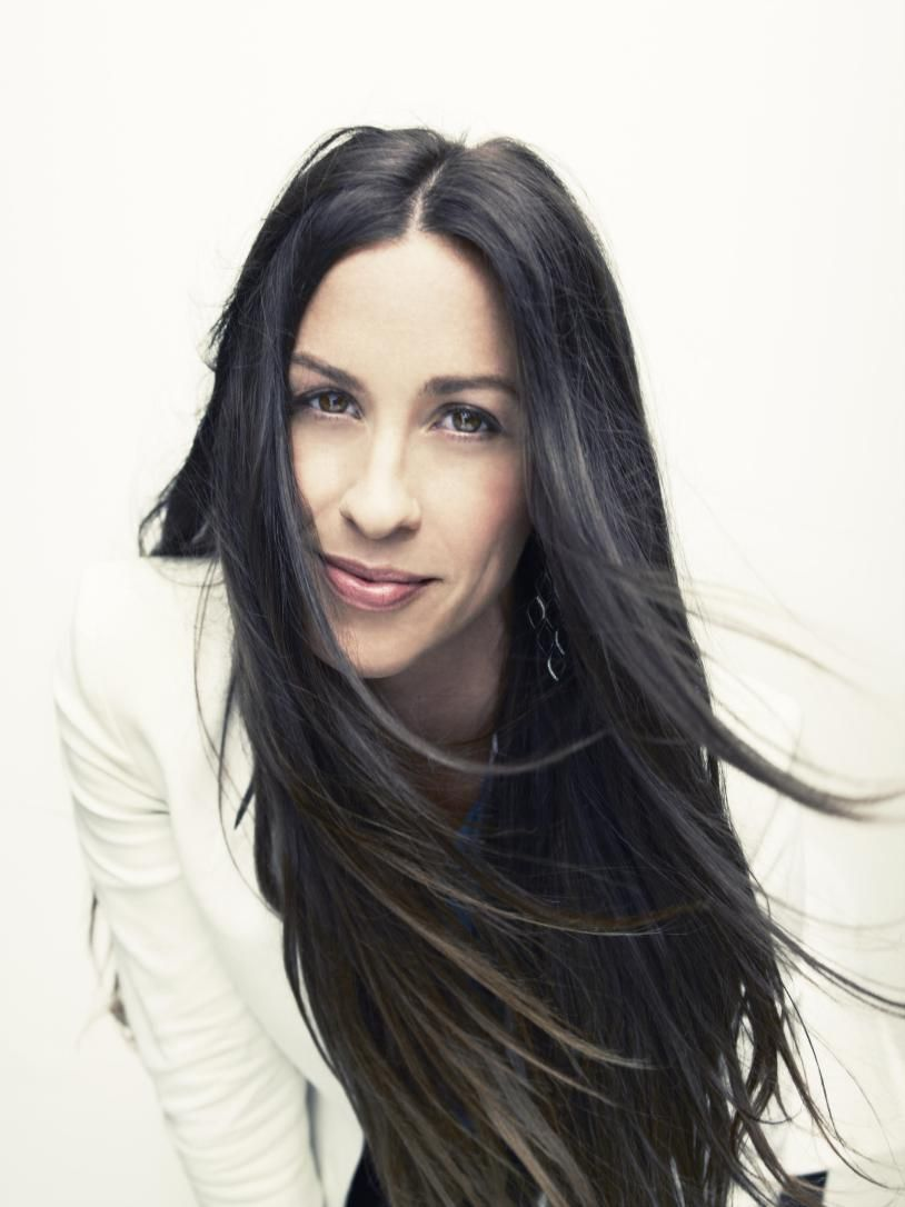 Alanis Morissette Feminism Needs A Revolution With